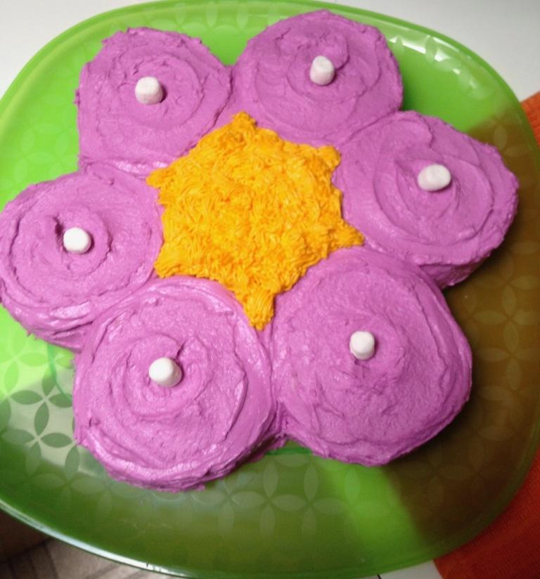2-flower cake