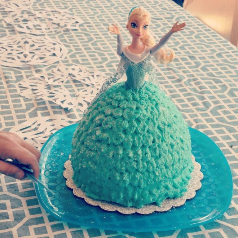 4-elsa cake